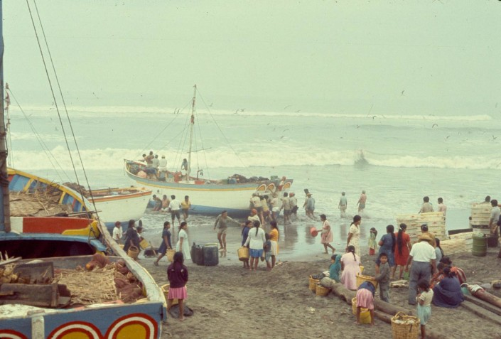 Edge of sea at Santa Rosa, Lambayeque, 1974